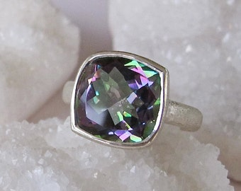 Mystic Topaz Statement Ring- Colorful Mood Ring- Unique Gemstone Ring- Bold Boho Handmade Ring- Designer OOAK Ring- Simple Solitaire Ring