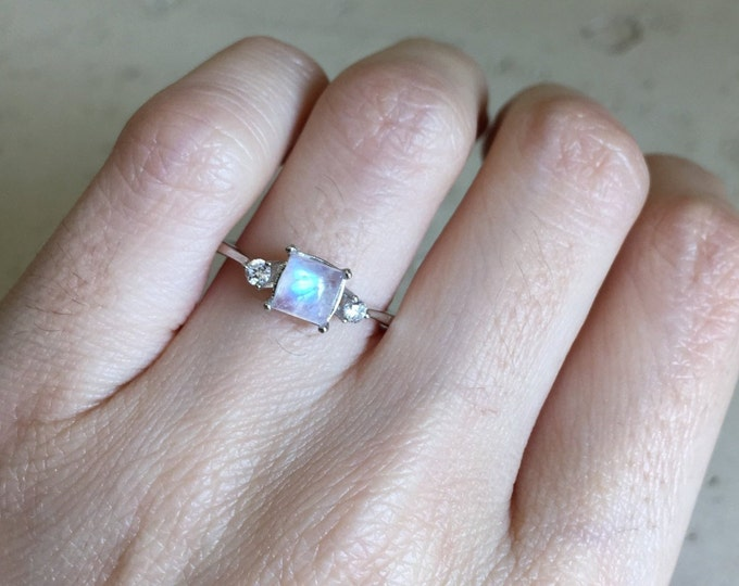 Square Moonstone Promise Dainty Ring for Her- Rainbow Moonstone Anniversary Ring- Princess Moonstone Small Ring- Three Stone Solitaire Ring