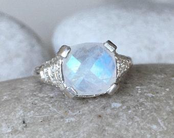 Bohemian Moonstone Engagement Ring- Square Moonstone Promise Ring- June Birthstone Ring- Anniversary Moonstone Silver Ring- Statement Ring