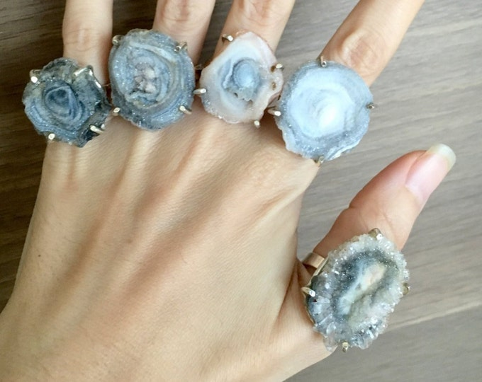 Raw Crystal Stone Ring- Unique Statement Silver Ring- Geode Rock Crystal Ring- Chunky Gemstone Prong Ring- Rough Geode Boho Bohemian Ring
