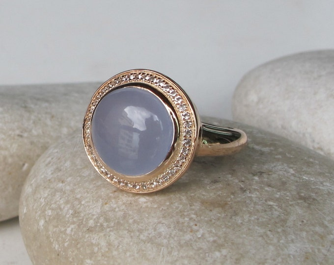 Rose Gold Engagement Ring- Round Halo Engagement Ring- Classic Blue Promise Ring- Alternative Engagement Ring- Blue Pink Statement Ring