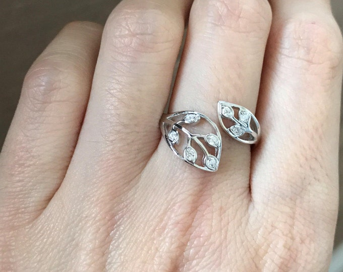 Bohemian Leaf Ring- Gypsy Floral Ring- Double Leaf Promise Ring- Cubic Zirconia Engagement Ring- Anniversary Ring- Jewelry Gift for Wife
