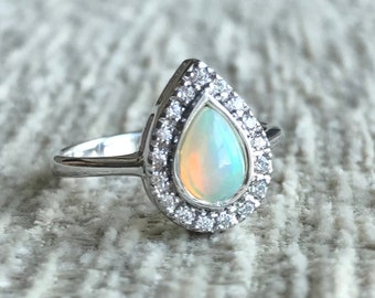 Opal Teardrop Halo Promise Ring- Welo Opal Pear Engagement Ring- Ethiopian Opal Solitaire Ring-Rainbow Gemstone Ring-October Birthstone Ring