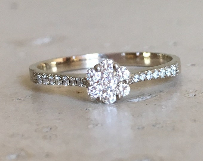 18k White Gold Diamond Dainty Ring Cluster Diamond Wedding Ring Floral Diamond Promise Ring
