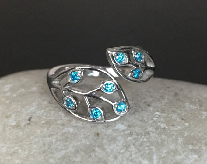 Blue Topaz Multistone Ring- December Birthstone Leaf Ring- Statement Gemstone Customize Ring- Couple Personalize Birthstone Gifts