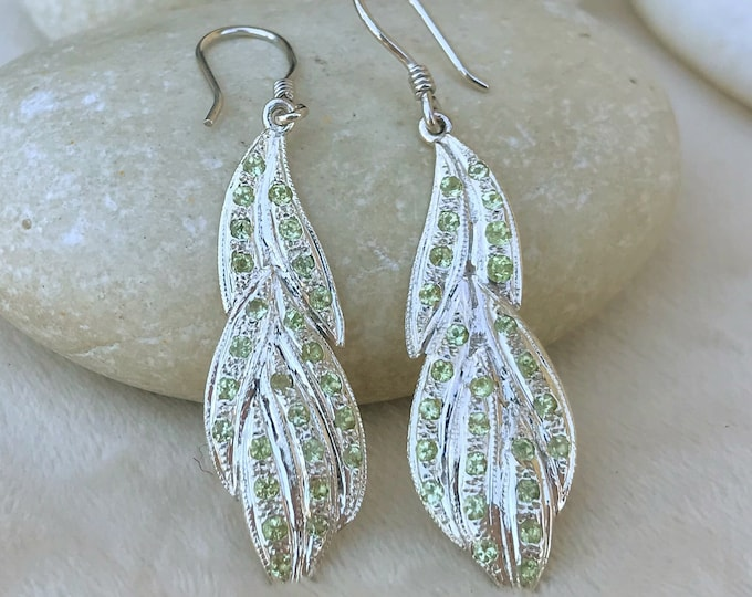 Peridot Leaf Dangle Earring- Nature Inspired Long Drop Earring- Vine Handmade Green Gemstone Earring-Unique August Birthstone Earring