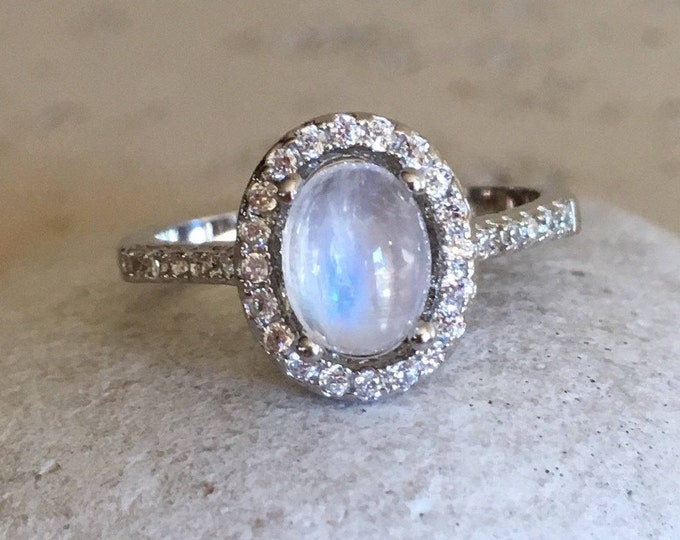Moonstone Engagement Ring- Rainbow Moonstone Promise Ring- Woman Engagement Ring- June Birthstone Ring- Bohemian Anniversary Ring