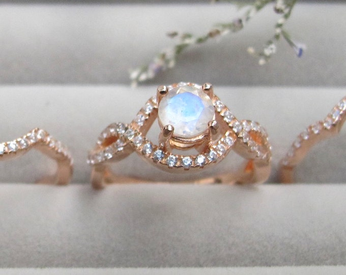 Rainbow Moonstone 3 Bridal Vintage Ring Set- Moonstone Round Prong Women Engagement Ring Set- Art Deco Moonstone Split Twist Swirl Rings