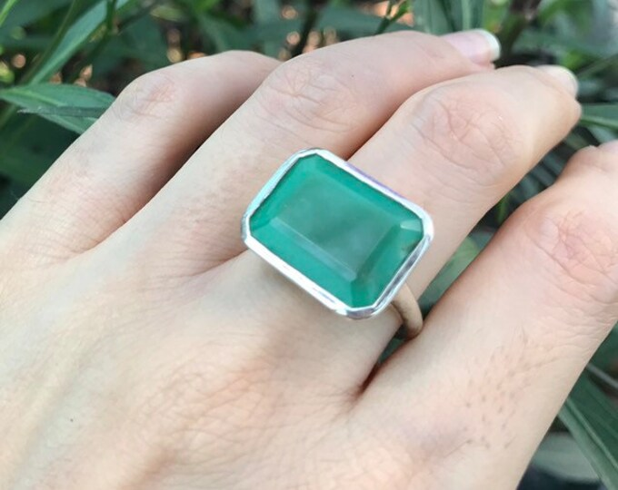 East West Rectangle Chrysoprase Unisex Ring- Solitaire Green Gemstone Minimalist Ring- Green Onyx Statement Ring- Simple Silver Men Ring