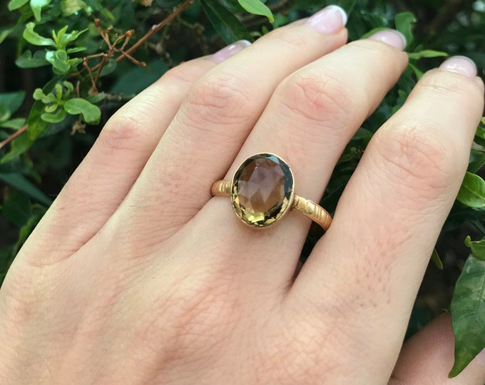 Smoky Quartz Oval Gold Ring- Smoky Topaz Gemstone Minimal Ring- Brown Stackable Simple Ring- Brown Stone Bezel Ring