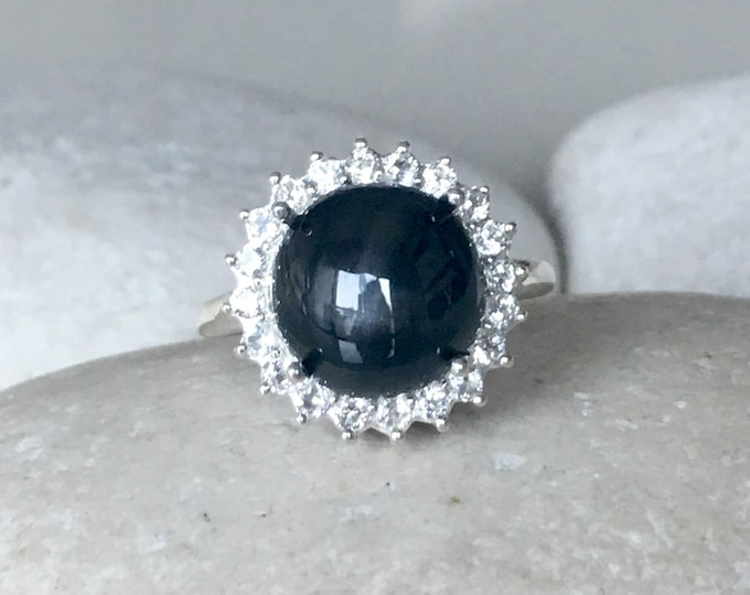 Lab Star Sapphire Engagement Ring- Black Engagement Ring- Halo Round Black Gemstone Ring- Septemeber Birthstone Ring- Large Statement Ring
