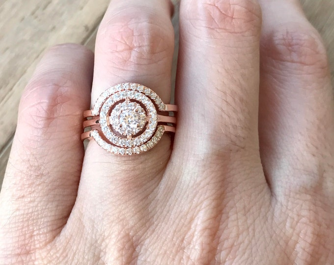 Rose Gold Engagement Ring Set- Rose Gold Bridal Set Ring- Cluster Diamond Halo Ring Set- Colorless Clear Gemstone 3 Piece Ring Set