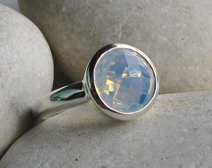 Rainbow Boho Silver Ring- Gypsy Mood Ring- Round Opal Ring- October Birthstone Ring- Unique Stack Coachella Ring- Bohemian Festive Ring