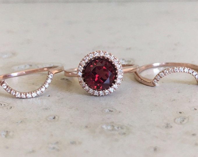 Round Garnet Halo Engagement Ring Set- Rose Gold Garnet Bridal Ring Set- Garnet Diamond 3 Piece Ring Set- Red Gemstone Alternative Ring