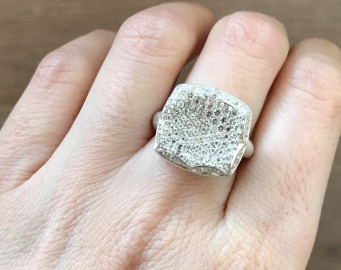 White Topaz Statement Ring- Cluster Solitaire Ring- Clear Gemstone Minimalist Ring - Square Geometric Silver Ring