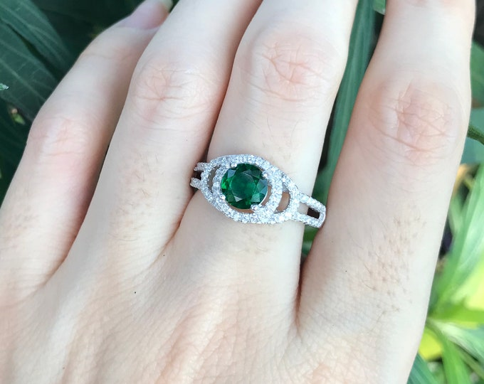 1ct Deco Emerald Round Engagement Ring- Halo Lab Emerald Promise Ring for Her- Vintage Green Emerald Anniversary Ring- May Birthstone Ring