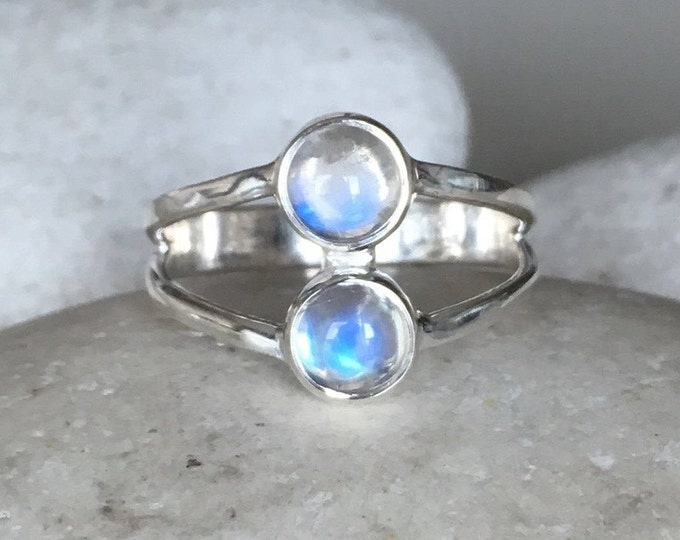 Two Stone Moonstone Ring- Rainbow Moonstone Dual Stone Double Band Ring- Boho Statement Ring June Birthstone Ring Multistone Moonstone Ring