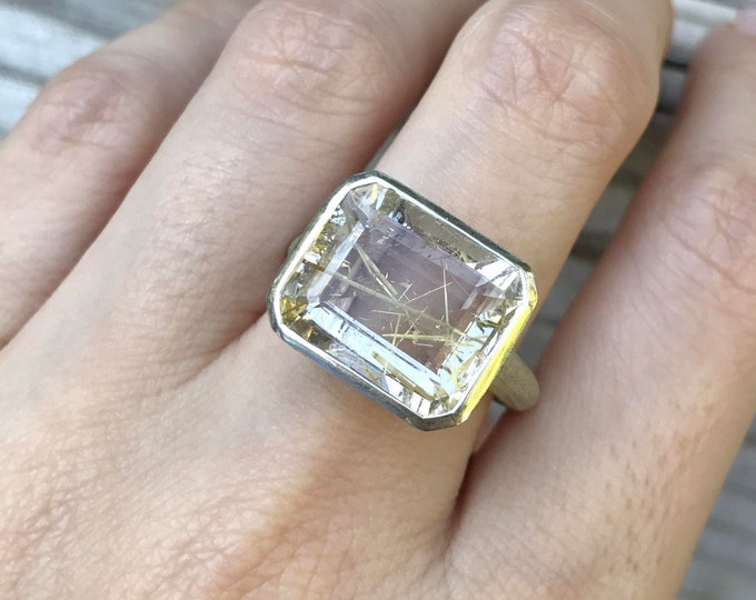 Rutilated Quartz Statement Ring- Gold Rutile Solitaire Ring- Unique Gemstone Ring- Rectangle Shape Ring- Bold Minimalist OOAK Ring