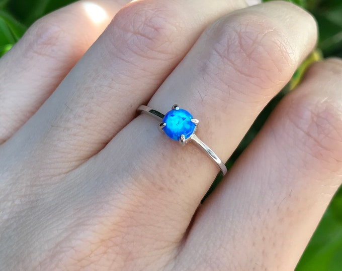 Blue Opal Dainty Prong Ring- Round Opal Bohemian Ring- Blue Rainbow Ring- Stack Ring for Teen Child- Blue Ring- October Birthstone Ring