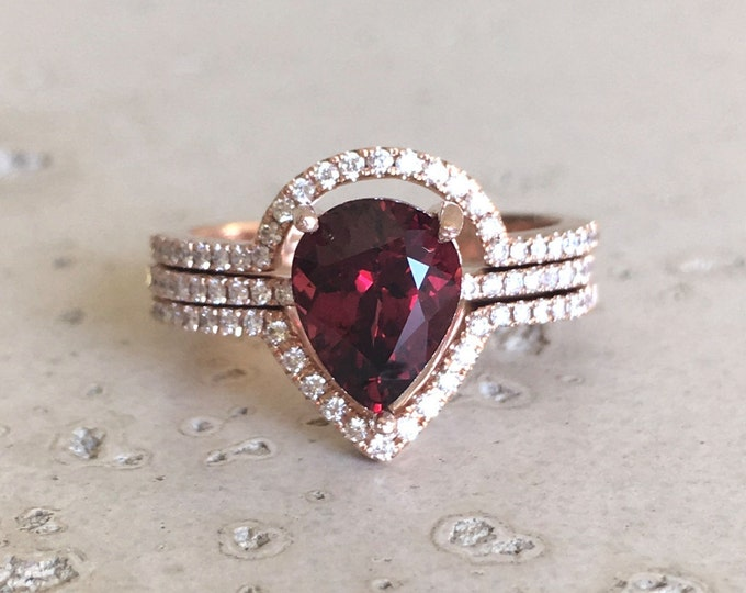 Pear Garnet 2ct Engagement Ring Set- Rose Gold Garnet Diamond Bridal Ring Set- Garnet Ring with two Matching Wedding Band Rose Gold