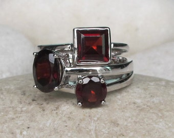 Garnet Stackable Ring- January Birthstone Ring- Red Statement Ring- Unique Multistone Ring Set- Bold Gemstone Ring- Sterling Silver Ring