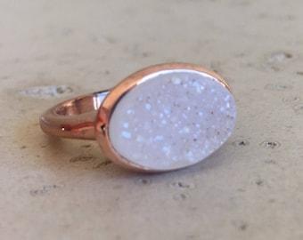 Rose Gold Druzy Ring- Druzy Engagement Ring- Alternative Engagement Ring- Raw Crystal Ring- Rough Stone Oval Crystal Raw Ring Rose Gold