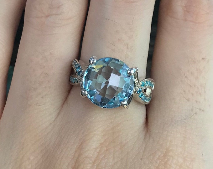 Blue Topaz Round Statement Ring- Blue Gemstone Promise Ring for Her- Unique Engagement Spilt Double Band Ring- December Birthstone Ring