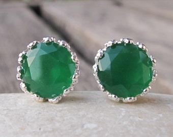 Classic Green Stud Earring- Silver Bohemian Round Earring- Green Onyx Earring- Faceted Frame Earring- Milky Green Earring