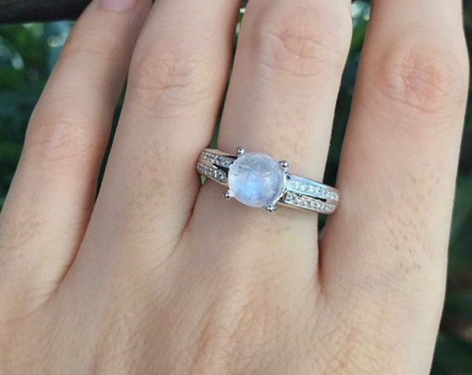 Round Solitaire Moonstone Women Engagement Ring- Rainbow Moonstone Promise Ring for Her- 4 Prong Anniversary Ring- June Birthstone Ring