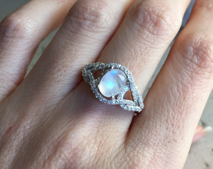 Art Deco Moonstone Ring- Moonstone Oval Swirl Engagement Twisted Ring- Vintage Moonstone Promise Ring for Her- Moonstone Anniversary Ring