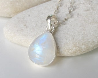 Pear Shape Moonstone Necklace- Smooth Rainbow Moonstone Necklace- June Birthstone Beaded Necklace- Wedding Bridal Necklace- Jewelry Gifts