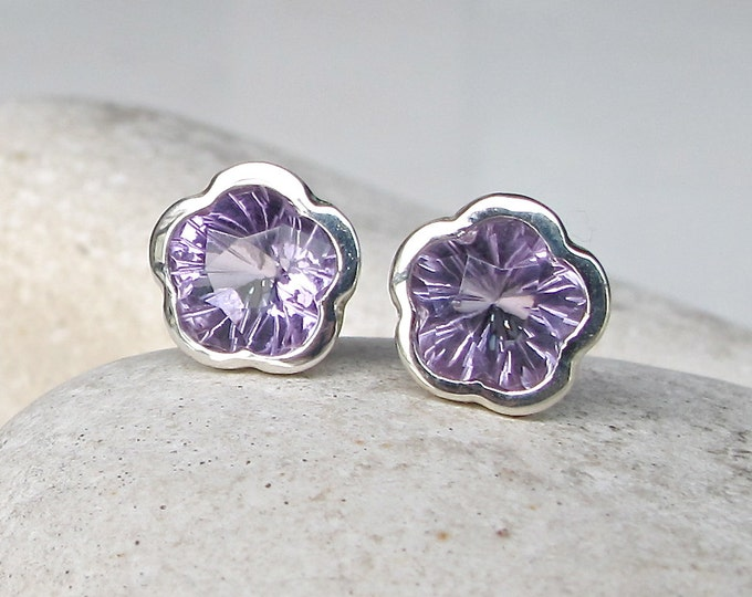 Floral Amethyst Stud Earring - Purple Amethyst Genuine Silver Earring- February Birthstone Earring- Flower Earring Jewelry Gifts for Her