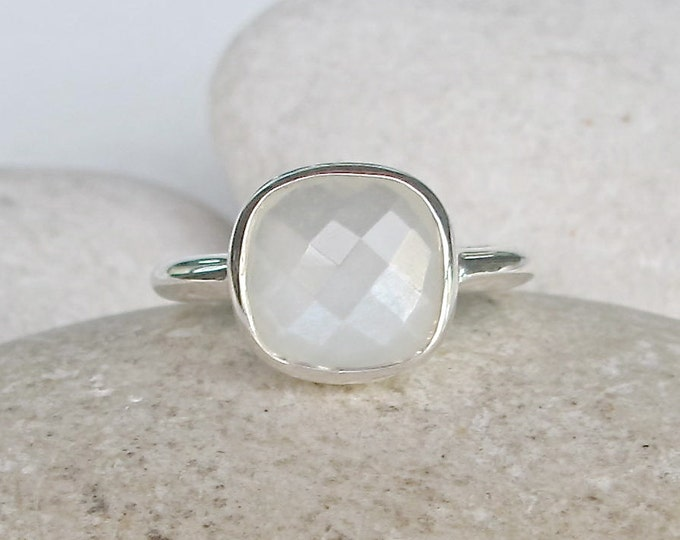 Square White Moonstone Ring- June Birthstone Ring- White Gemstone Promise Ring- Simple Engagement Ring- Faceted White Stone Ring
