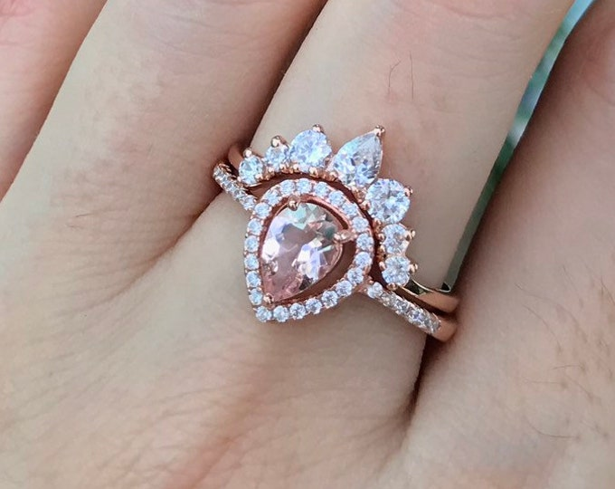Pear Morganite Promise Ring- Morganite Engagement Ring- Rose Gold Promise Ring- Classic Halo Morganite Ring- Alternative Engagement Ring