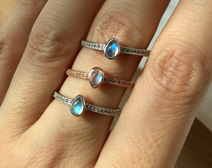 Teardrop Moonstone Dainty Promise Ring for Her- Pear Shaped Stackable Moonstone Gold Anniversary Ring- June Birthstone Iridescent Ring