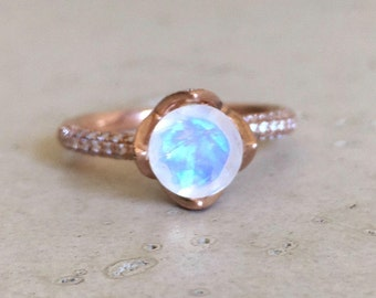 Moonstone Floral Engagement Ring- Rose Gold Moonstone Ring Diamond Moonstone Bridal Ring Rose Gold Moonstone Ring Round Solitaire Ring