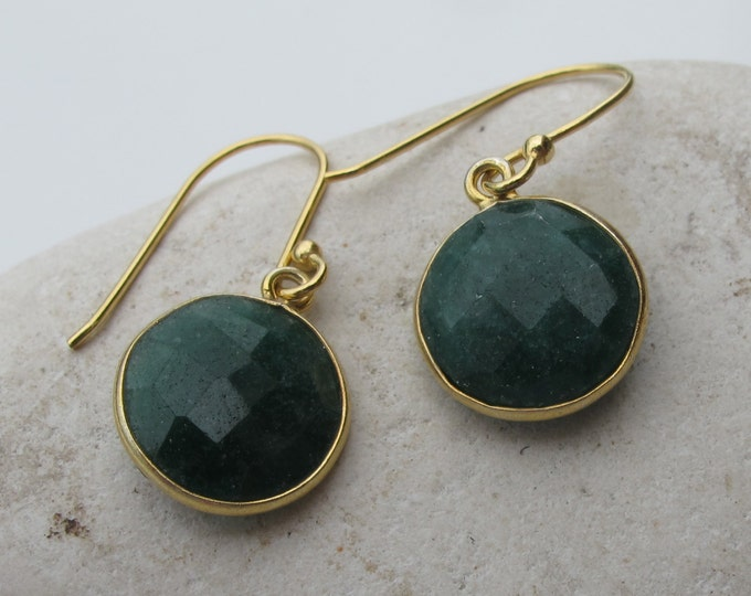 Raw Green Emerald Dangle Earring- Round Emerald Simple Drop Earring- Green Stone Earring- May Birthstone Earring- Classic Dangle Earring