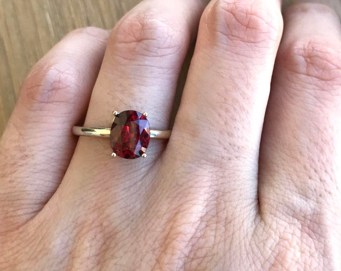18k White Gold Garnet Ring- Solitaire Garnet Engagement Ring- Simple Garnet Promise Ring- January Birthstone Ring- Garnet Wedding Ring