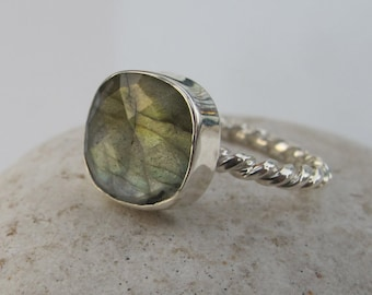 Square Labradorite Stackable Ring- Boho Labradorite Ring- Unique Sterling Silver Ring- Cushion Iridescent Rope Ring- Mystical Gemstone Ring