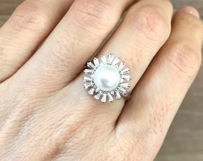 White Pearl Engagement Ring- Halo Pearl Promise Ring- Classic Round Deco Ring- Bridal Wedding White Gemstone Sterling Silver Ring