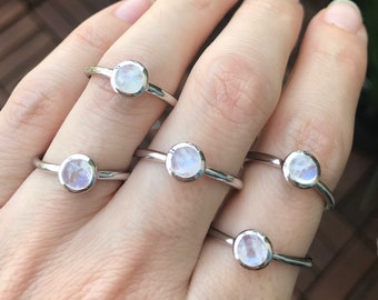 Moonstone Dainty Stack Round Ring- Small Rainbow Moonstone Minimalist Ring- Sterling Silver Moonstone Ring- Smooth Moonstone Iridescent Ring
