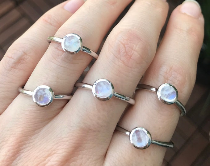 Moonstone Dainty Stack Round Ring- Genuine Natural Rainbow Moonstone Minimalist Ring-Silver Cabochon Smooth Moonstone Ring-Simple Bezel Ring