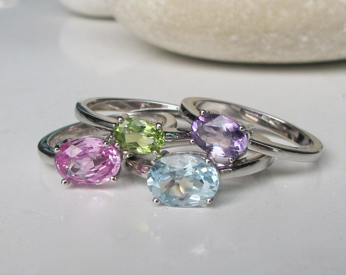 Colorful Stack Gemstone Ring- Unique Stacking Ring- Birthstone Stackable Ring- Pink Blue Topaz Amethyst Peridot Ring- Family Birthtone Ring