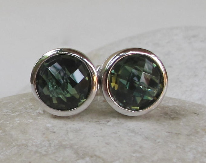 Round Green Quartz Earring- Boho Green Topaz Earring- Classic Simple Green Stud- Minimalist Gemstone Stud Earring- Dark Green Silver Stud
