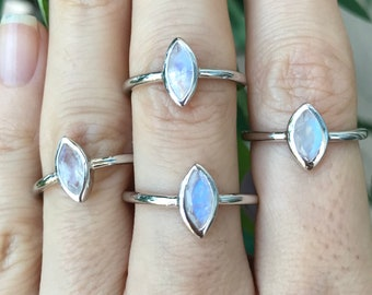 Rainbow Moonstone Stackable Ring- Blue Moonstone Marquise Ring- Boho Iridescent Gemstone Ring- Silver Moonstone Simple Ring- June Ring