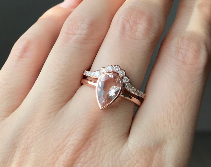 Morganite Rose Gold Engagement Ring Set- Teardrop Morganite Bridal Ring Set for Her- Pear Morganite Ring with Curve Diamond Wedding Band