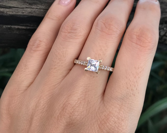 Princess Cut Simulant Diamond 4 Prong Engagement Ring- 14k Yellow Gold Promise Ring for Her-Non Diamond Alternative Colorless Solitaire Ring