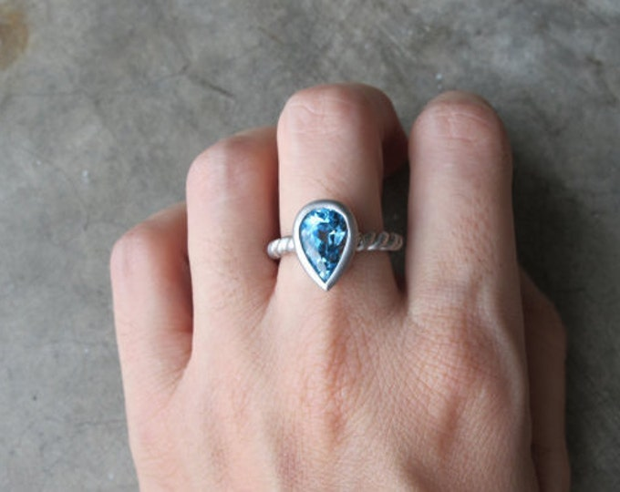 Swiss Blue Topaz Solitaire Ring- Pear Shape Ring- Simple Blue Engagement Ring- December Birthstone Ring- Something Blue Rope Ring