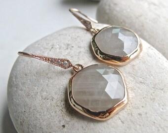 Raw Gray Sapphire Rose Gold Earring- Hexagon Shape Raw Earring- September Birthstone Earring- Unique Green Gray Artisan Bezel Earring