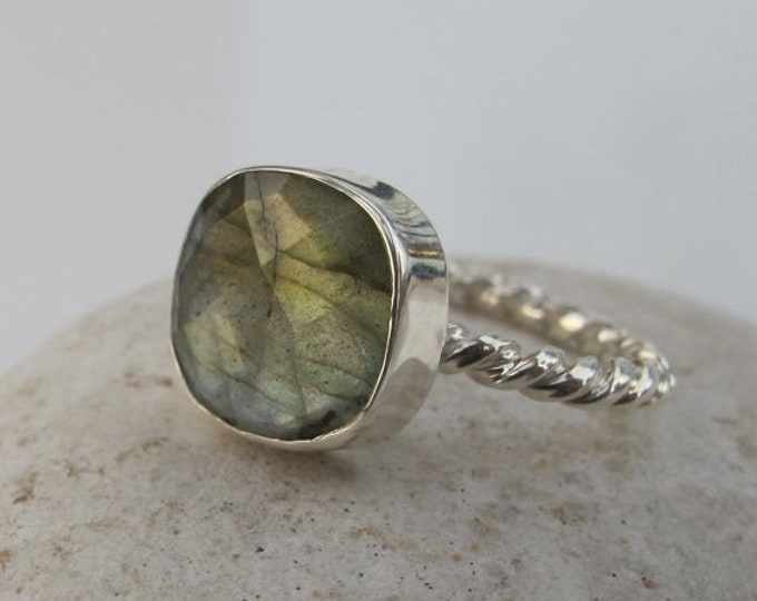 40% OFF SALE Square Labradorite Stackable Ring- Boho Labradorite Ring- Unique Sterling Silver Ring- Cushion Iridescent Rope Ring- Mystical G